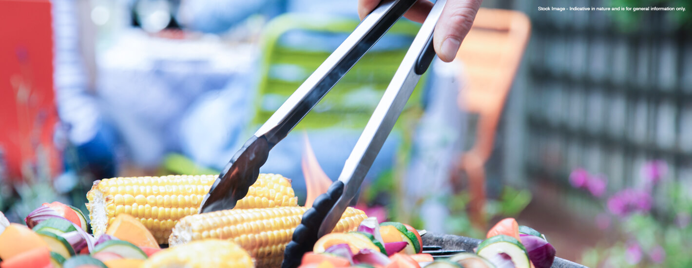 Promoting healthy eating in senior living homes