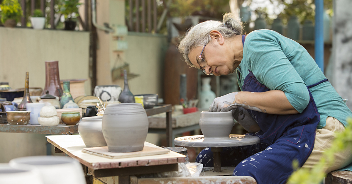 Living in senior citizen homes? If yes, then how to start a new hobby?
