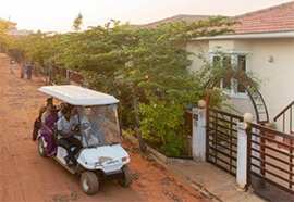 Buggy service for intra-community mobility